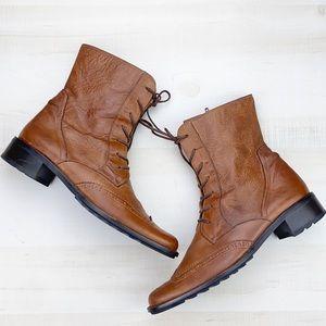 Paul Green Munchen Brogue Lace Up Boots Unisex?